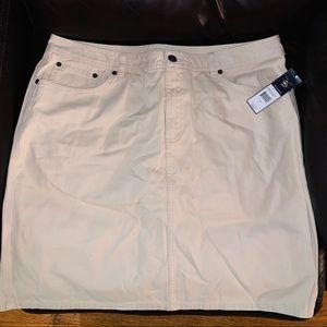 NWT! American Living skirt. Size 14